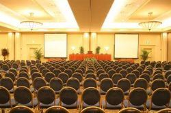 Mass Seating in Ballroom